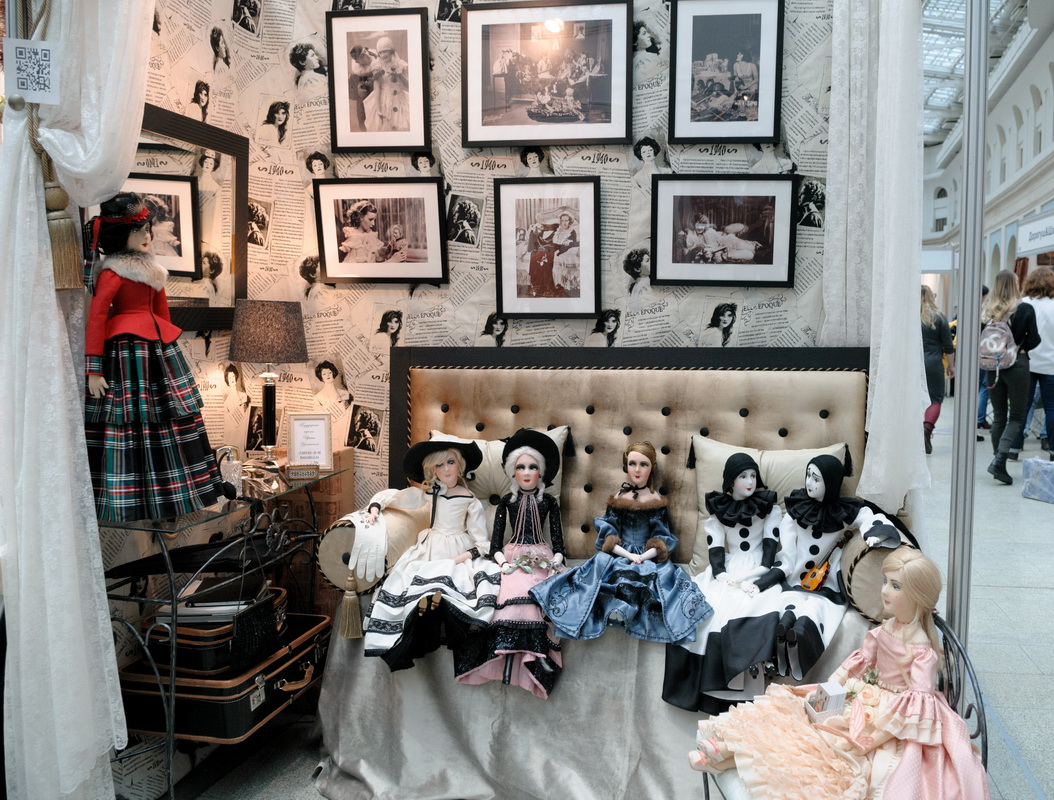 фотография стенда на выставке искусство куклы 2017