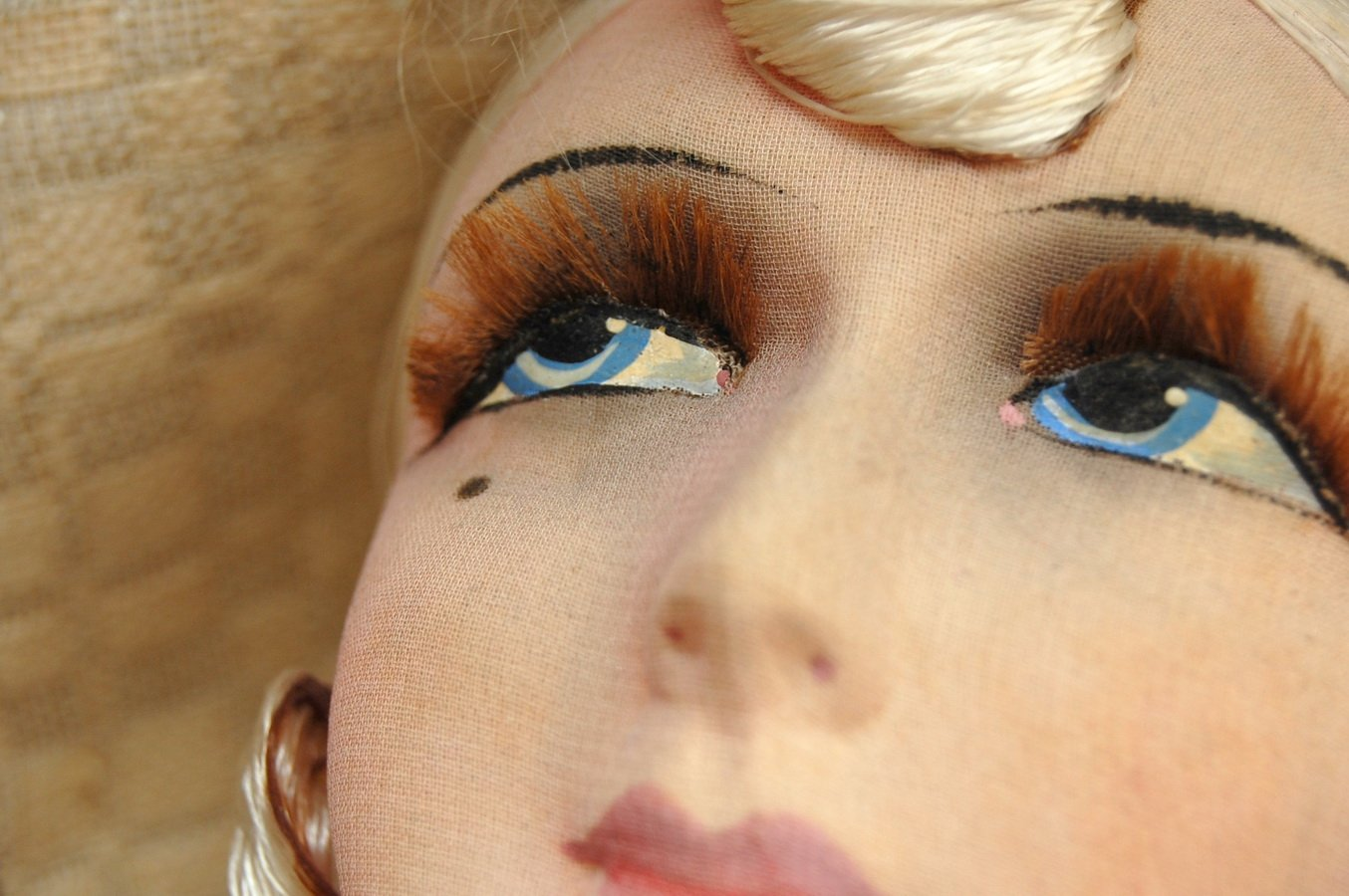 роспись глаз будуарной куклы