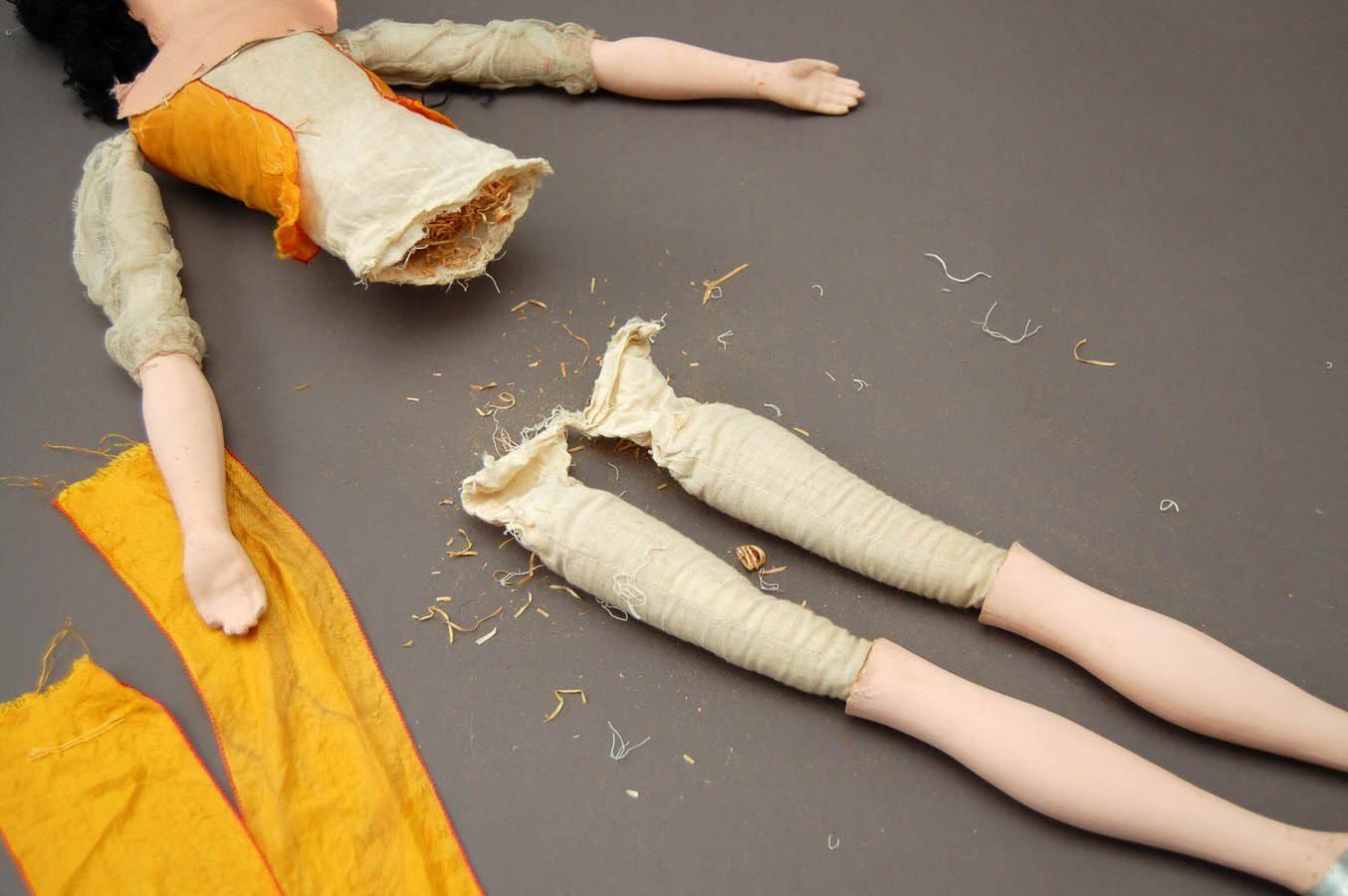 кукольное тело требующее ремонта