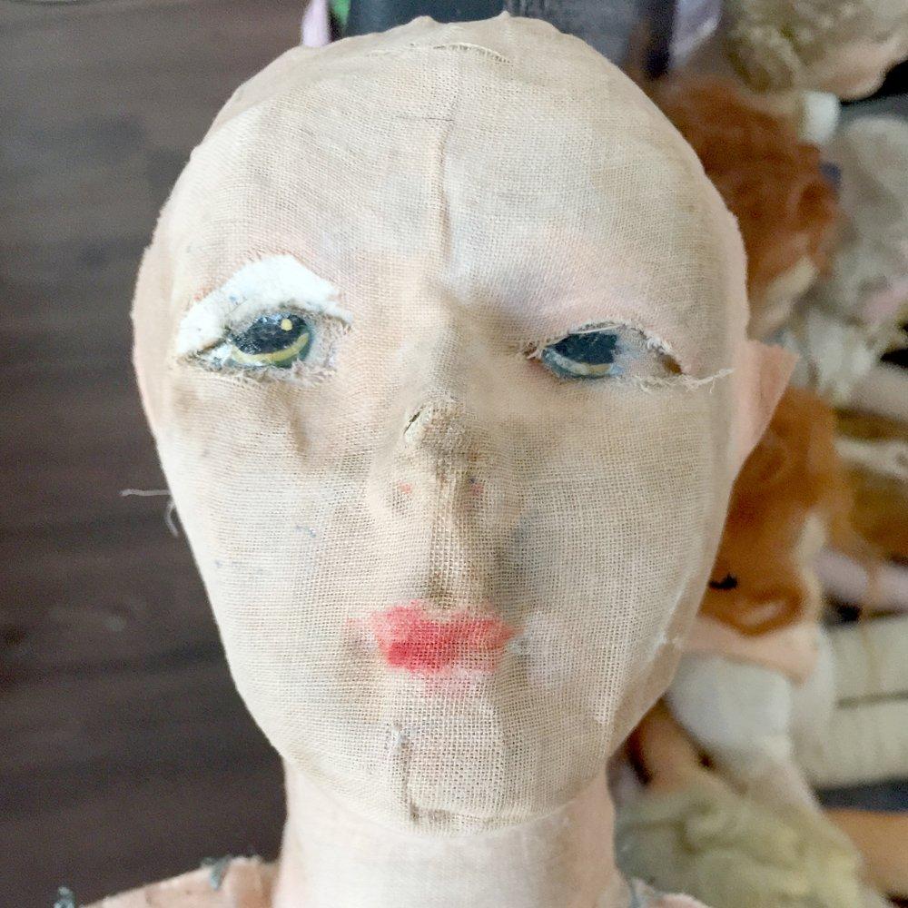 реставрация головы антикварной будуарной куклы