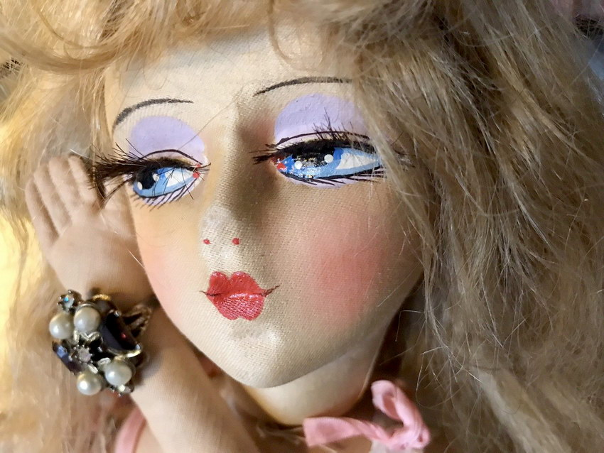 будуарная кукла Etta