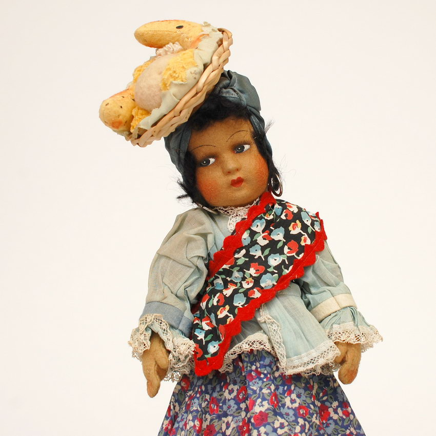 антикварная будуарная кукла из войлока