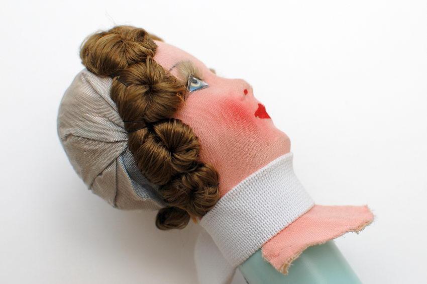 ремонт головы будуарной куклы